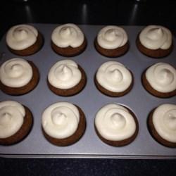 Pumpkin Ginger Cupcake w/Cream Cheese Frosting
