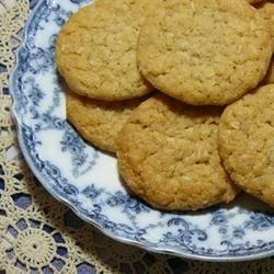 Chewy Oatmeal Cookies
