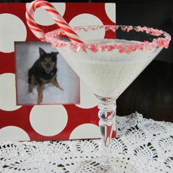Peppermintini Recipe - This is the perfect after-holiday-shopping martini!