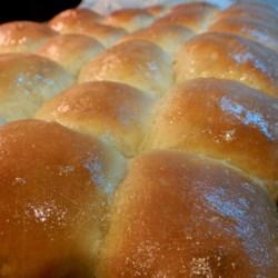 allrecipes.com/Recipe/Grandma-Ritas-Soft-Butter-Rolls/