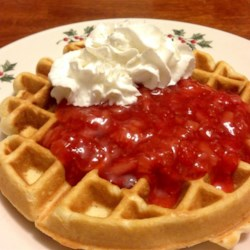 Marian's Delicious Strawberry Sauce Recipe - This quick and easy sauce made with fresh strawberries is wonderful on ice cream or pancakes.