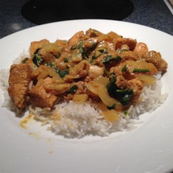 Chicken Saagwala Recipe - Simple, fragrant, Indian-inspired chicken simmers in a light sauce made flavorful with turmeric, cinnamon, garam masala, and fresh spinach.