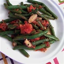 Almond Green Beans Recipe - Green beans and tomatoes are seasoned with Italian seasonings, and tossed with sliced almonds.