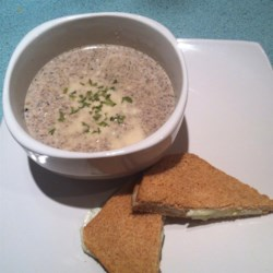 Roasted Mushroom Soup Recipe - This is a mushroom lover's dream for the cold weather months when you are craving simple warm soups. This one is easy and delicious!