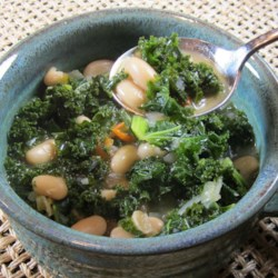 Simple and Delicious Kale Soup Recipe - This kale soup recipe with beans and tomato is quick, easy, and delicious.