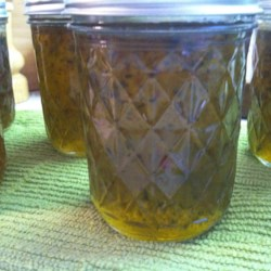 Jalapeno Jelly Recipe - This recipe came from the Black Lakes in Canada. It is the best that I have ever tasted, and very easy to make.