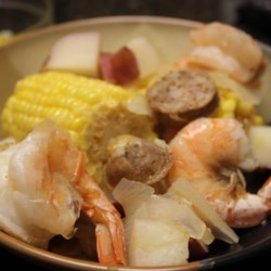 SC Frogmore Stew Recipe - Corn, sausage, potatoes and shrimp are boiled in a flavored broth, then served with spicy butter. Being a South Carolina girl at heart, this has and will always be one of my favorite and most comforting meals.