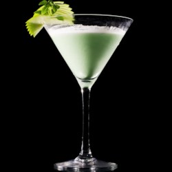 Grasshopper Cocktail Recipe - This cocktail is like a chocolate after dinner mint in a glass. Skip dessert and go straight for a grasshopper.