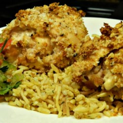 Blue Cheese Chicken Recipe - Impress someone special on Valentine's Day with this blue cheese chicken recipe. It is quick and easy and will become an instant favorite!