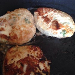 Natasha's Chicken Burgers Recipe - These chicken burgers are seasoned with Italian-style bread crumbs, onion, and garlic.