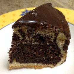 Quick Fudge Icing Recipe - This recipe requires just a few ingredients to make an easy, quick, and good chocolate icing for cakes, brownies, or cookies.