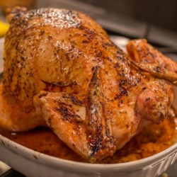 Simple Whole Roasted Chicken Recipe - The combination of unique spices makes this roast chicken delicious. A great dish to feed the whole family!