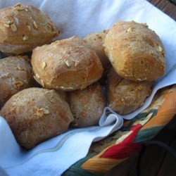 Crunchy Honey Wheat Bread Recipe - This is a chewy, healthy loaf of granola-wheat bread from the bread machine.