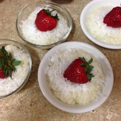 Coconut Tapioca Pudding Recipe - I have always loved tapioca pudding and coconut, so this dish is perfect for me!