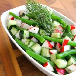 Fresh Green Bean Salad Recipe - This is a crisp, fresh-vegetable salad with a simple oil-and-vinegar dressing.
