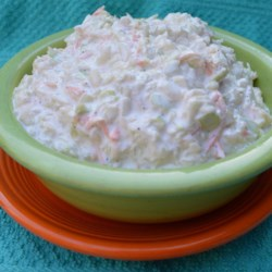 Buttermilk Coleslaw Recipe - Creamy buttermilk coleslaw that is easy and quick.