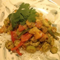 Vendakka Paalu Recipe - This spicy, creamy, and vegan-friendly okra curry dish is very simple to make and will even please non-vegans.