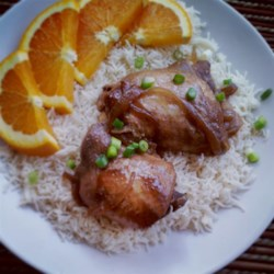 Slow Cooker Adobo Chicken Recipe and Video - An easy slow cooker recipe with soy sauce, garlic, and onion. Do not be put off by the vinegar -- it tenderizes the chicken and loses its potent flavor in the cooking.