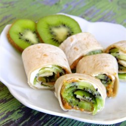 Kiwi Wraps or Rolls Recipe - Mix up your back to school lunches with this refreshing kiwi wrap.