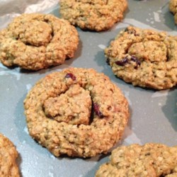 Oatmeal Chia Seed Cookies Recipe - Oatmeal chia seed cookies made with coconut oil and applesauce are a vegan version of oatmeal cookies that make a hearty snack!