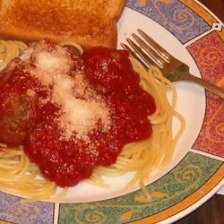 Nanny's Spaghetti Sauce Recipe - A splendid marinara is just minutes away when you simmer crushed tomatoes, tomato sauce and tomato paste with garlic, sugar, red wine vinegar, dried oregano and as many red pepper flakes as suits your taste. It's really that simple, and so delicious!