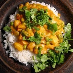 Vegetarian Korma Recipe and Video - This is an easy and exotic Indian dish. It's rich, creamy, mildly spiced, and extremely flavorful. Serve with naan and rice.