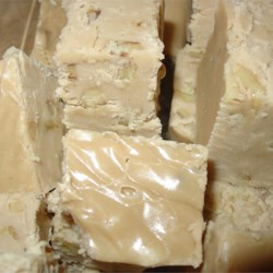 Maple Walnut Fudge Recipe - Sweet, smooth and scrumptious. Try this mouth-watering recipe for maple walnut fudge.