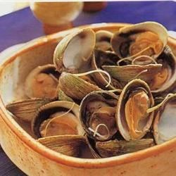 Steamed Clams in Butter and Sake