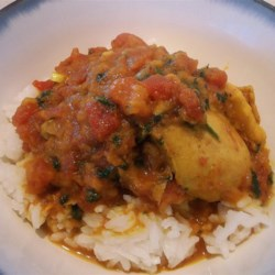 Chicken Jalfrezi Recipe - This is a Pakistani recipe that is a spicy curry. My Mama made this dish, and I like it very much. You must try it. This dish is best served with basmati rice, chapattis or naan bread.