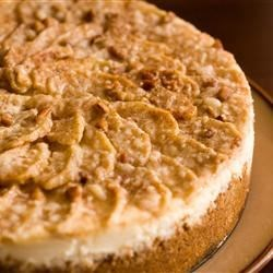 Autumn Cheesecake Recipe - This is a delicious Apple Cheesecake that I usually make in the fall.