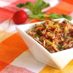 Ultra-Simple and Delicious Red Radish Salad Recipe - Shredded radish salad is a quick and easy dish to prepare with the help of olive oil and tamari as the dressing.