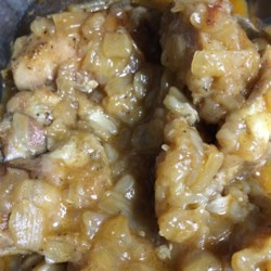Pollo Bianco Recipe - Caramelized onions create a glazed chicken with a mellowed bite. This is a great chicken recipe that I learned from my grandmother. It is simple and tastes delicious! If desired, serve with roasted potatoes which have been coated with the sauce.