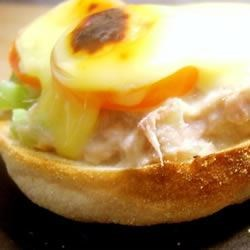 Cheesy Tuna Melts Recipe - A great quick snack for hungry people in a hurry. Crisp muffins, creamy tuna salad and bubbly melted cheese on top.