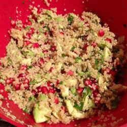 Avocado, Pomegranate, and Quinoa Salad Recipe - Avocado, pomegranate, and quinoa salad is a refreshing, gluten-free meal for lunch or a side dish at potlucks or picnics.