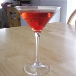 Candy Red Apple Martini Recipe - It's not tart, it's soooo smooth and sweet!