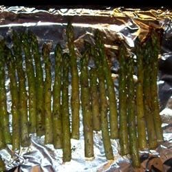 Roasted Asparagus with Herbes de Provence Recipe - This is an easy way to make a delicious asparagus side dish, it's simply addicting!