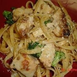 Pasta Con Broccoli Recipe - A creamy, buttery tomato sauce, flavored with garlic and loaded with broccoli, is tossed with cooked noodles and gently simmered. Fresh sliced mushrooms and Parmesan cheese complete the dish.