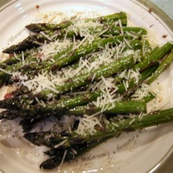Easy Asparagus Recipe - Asparagus cooked right in the frying pan, drizzled with an onion-wine glaze and parmesan cheese.