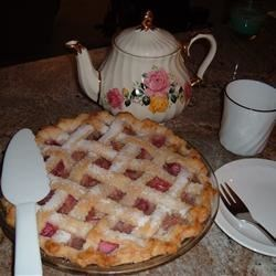 Pineapple Rhubarb Pie Recipe - An easy double crust pie made with pineapple and rhubarb.