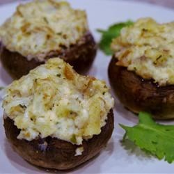Gary's Stuffed Mushrooms Recipe - Dry stuffing mix is the key to these wonderful stuffed mushrooms!