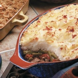 Scot's Au Gratin Shepherd's Pie Recipe - A combination of au gratin and shepherd's pie takes meat and potatoes to a whole new level.