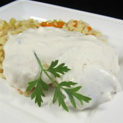 Sherry Wine Sauce Chicken Recipe - Chicken breasts baked in a creamy soup, sour cream and sherry sauce.