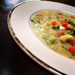 Rich Vegetable Chowder Recipe - Rich and creamy vegetable chowder is the perfect dish to serve on cold winter evenings. Add ham or chicken for a heartier version.