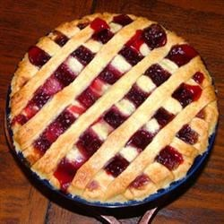 Brigid's Blackberry Pie Recipe - Blackberries are a plant sacred to the Irish Goddess Brigid and the Norse thunder God Thor! This simple recipe will bring you back to the Old Religion in no time!