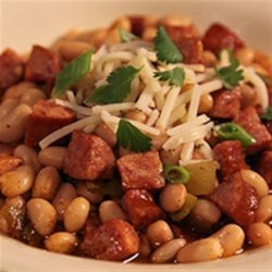 Smoked Sausage White Bean Chili Recipe - This zesty white bean chili with chopped smoked sausage is ready to serve in 20 minutes.