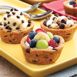 Make It Your Way Cookie Cups Recipe - Get creative with Make It Your Way Cookie Cups! Using our refrigerated chocolate chip bar dough as a base for this customizable cookie cup, this is one treat that has something for everyone. Perfect for an after school snack, or after dinner dessert, these cookie cups can be customized to your personal tastes and filled with a variety of toppings--yogurt and fruit, ice cream, chocolate, nuts and more!