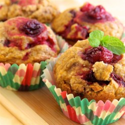 Butternut Squash and Cranberry Muffins Recipe - Butternut squash and cranberry muffins are the perfect breakfast or brunch item to make for Thanksgiving or during the holiday season.