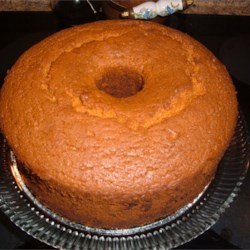 Burnt Sugar Chiffon Cake Recipe - This chiffon cake is made with vegetable oil, keeping it moist, while the caramel flavor makes it delicious!
