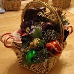 Candy Cane Cocoa Gift Basket