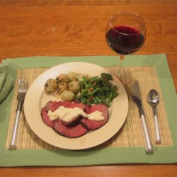 Blue Cheese Beef Tenderloin Recipe - This is a recipe for whole beef tenderloin baked and topped with a blue cheese sauce.